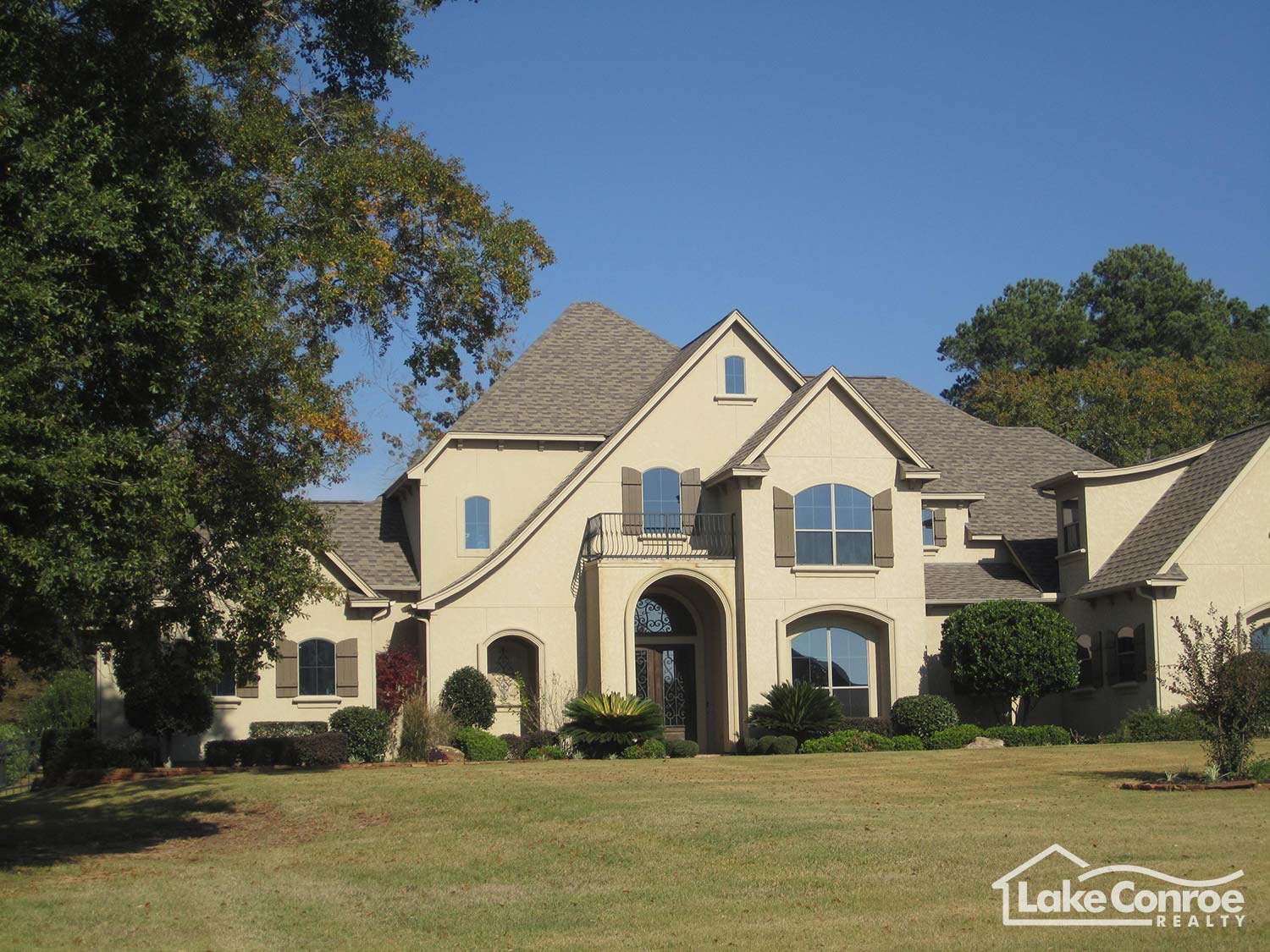 Waterfront Homes For Sale In Walden On Lake Conroe